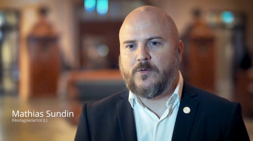 Riksdagsledamoten Mathias Sundin (L) om flygdebatten och innovation